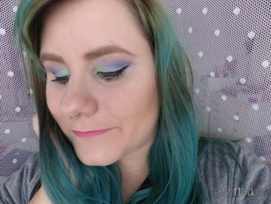 Month Make Up Fever : Peacock