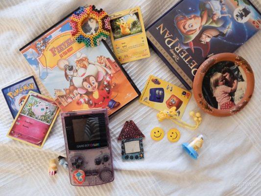Pikachu, Henri Dès et les soeurs Halliwell ont rendez-vous dans le 90's tag